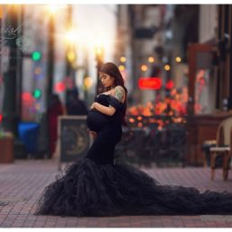 Downtown Houston Couture Maternity Photographer