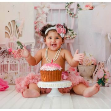 Shabby Chic Cake Smash Photographer in Houston